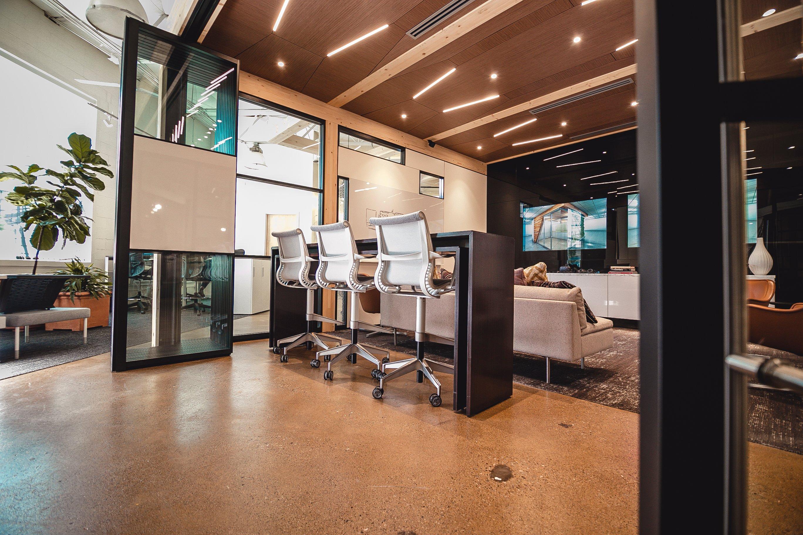 Cont_Office Works_DesignStudio10-1