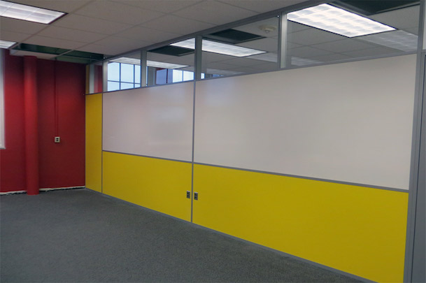 classroom-dividing-wall-partition-with-built-in-whiteboard-and-clerestory